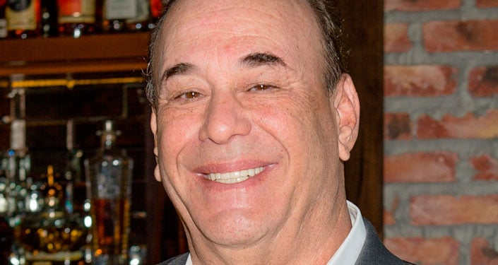 Here's How To Tell You Just Stepped Into A Great Bar, According To Bar Rescue's Jon Taffer